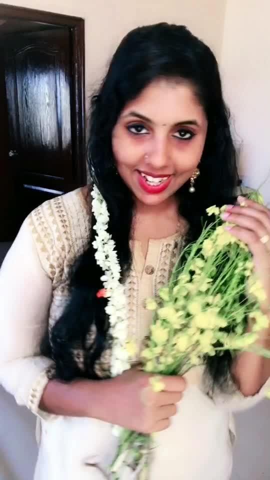 എൻറെ സ്നേഹം നിറഞ്ഞ വിഷു ആശംസകൾ🥰 #vishu #malayalam #malayalamsongs #love #festival #keralaattraction #mallu