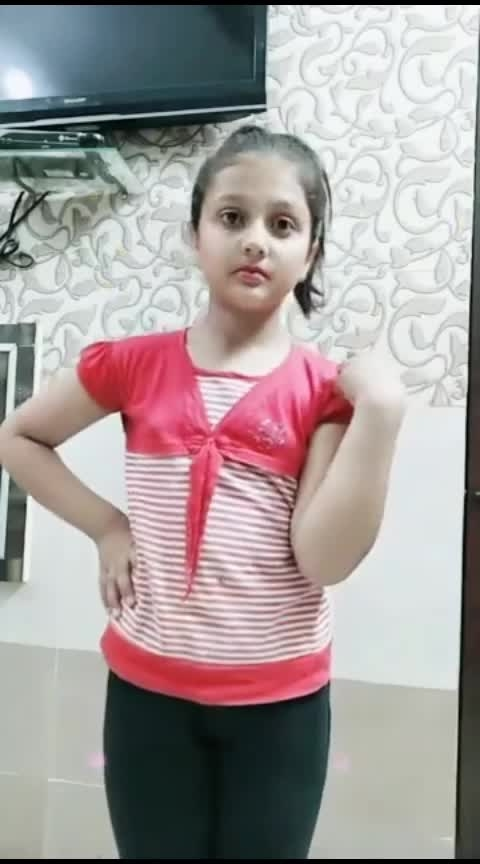 this little girl knows lot about marriage