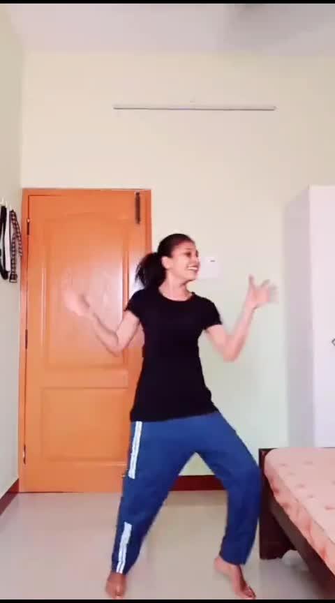 Hosanna💃💜#favsong#hosanna#easysteps#mohana#mohanadancevsdance#roposo-dance#roposo-dancer#roposo-tamil#roposo-india
