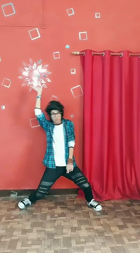 Suraj Hua madham Chaand Jalne laga. #dance #roposodance #trendingvideo