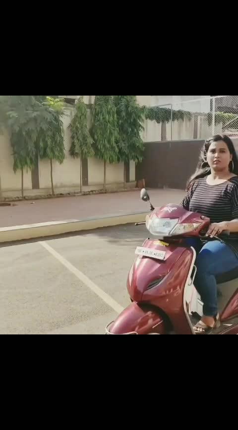 aarchi in scooty😬✌️ #sairat #sairatzalaji #aarchi #marathi #roposo #marathisong