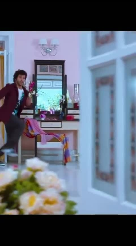 Ramaiya Vastavaiya Scenes  #sruthihassan #girish #roposolove #filmistaan #prabhudeva #roposo-wow #roposo-beats #love----love----love #trendeing #roposo-haha