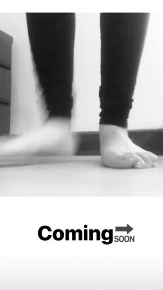 Footwork #kathak #kathakdancer #tihai #indianclassical #footwork #fusion #roposo #rops-star #roposodancer #ropgirl #instagram #kathak_beats