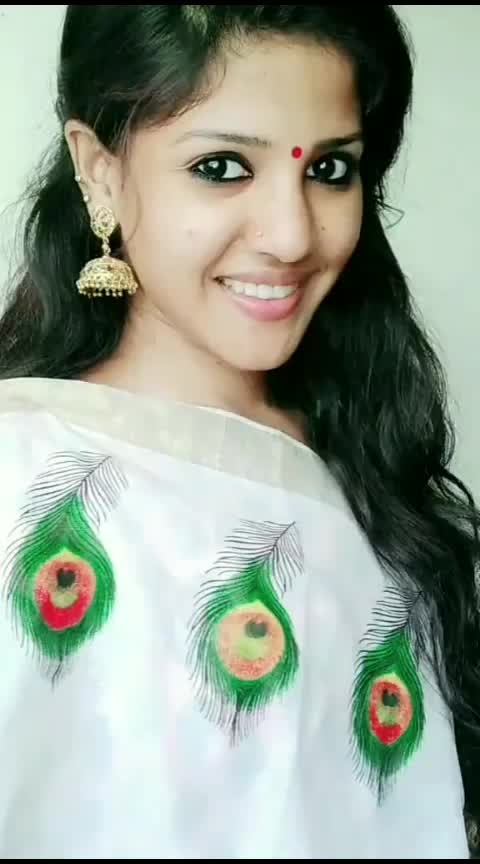ഞാൻ തൃശ്ശൂർകാരി 😍😍#thrissur #thrissurpooram #risingstar #traditionallove #beats