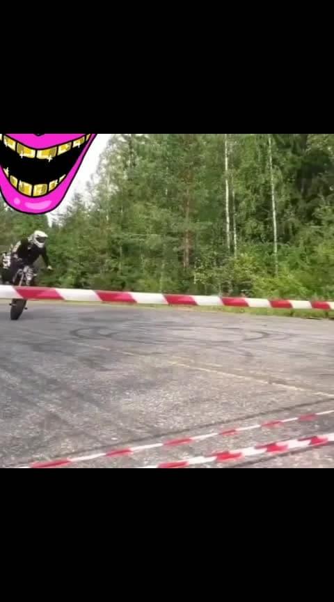 #stunts #bikes #bikestunts #amazingstunts #talent #roposo