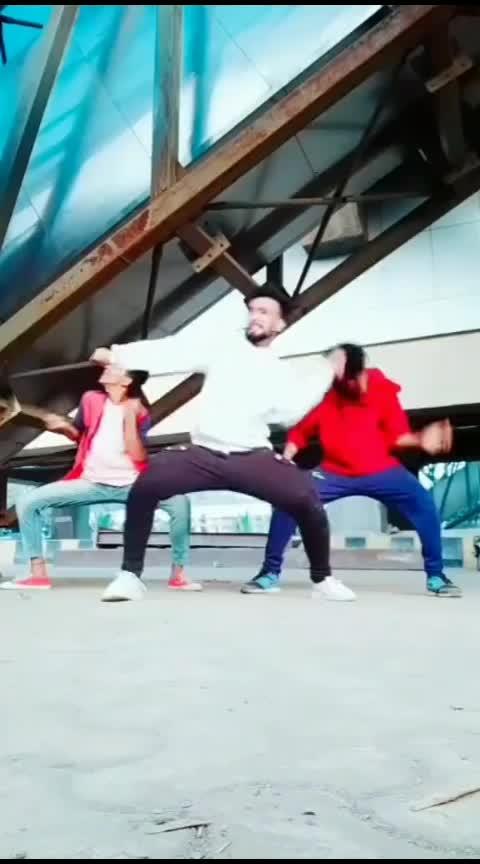 ishq tera tadpave😍🔥#punjabiway #roposo-dance #roposo-beats #danceguru #roposo-trending #roposo-foryou #roposo-wow #roposo-contest #roposo-tv #roposo-star #roposo-dancer