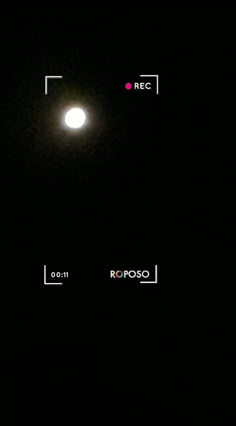 presenting u the most young and evergreen MOON on my terrace. #roposostar #roposomood #roposocreater #roposocreator .