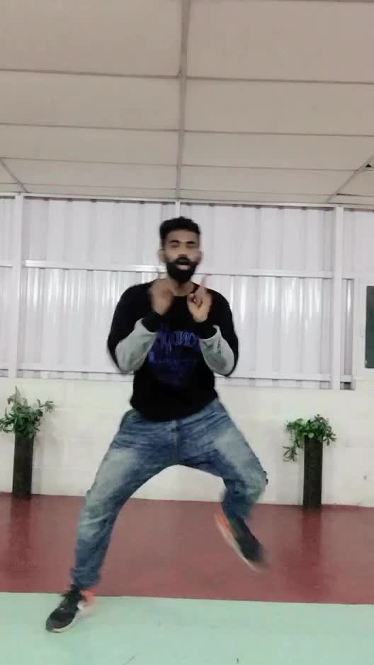 Kannamma unna 😍💃🕺🏻❤️ #aniruth #solodance #roposo-dancer #roposo-dance #roposo-tamil #roposo-style #manibhai #cbe #coimbatore