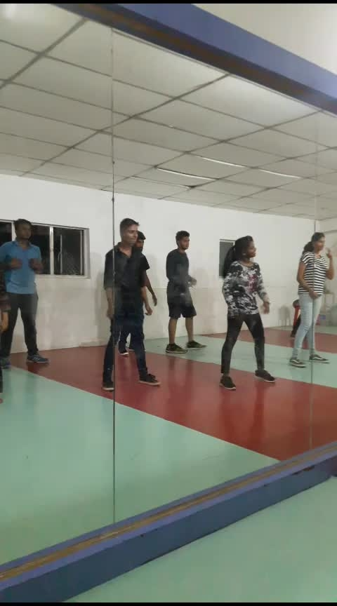 BATCH TIME natpae thunai❤ aathadi ena odambu🔥 #natpaethunai #aathadi #ena #odambu #aathadiennaodambu #roposo-dancers #dancepassion #danceclass #sugi #cbe