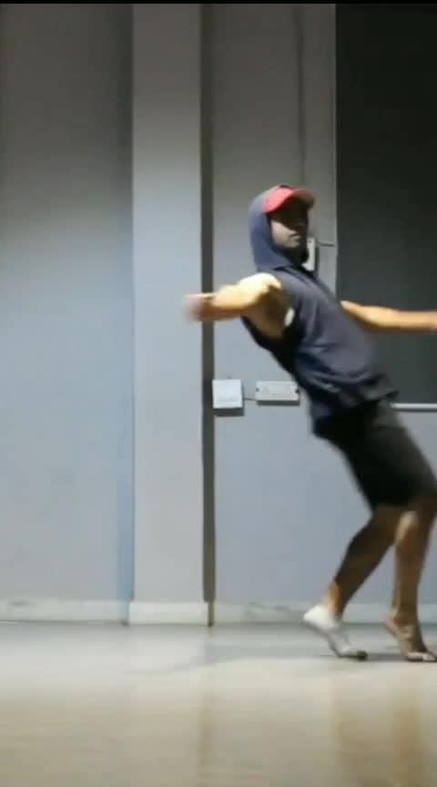 Baby 🐣 #roposo #roposo-dancer #dancevideo