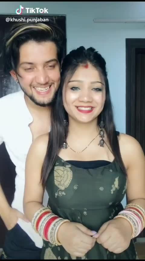 😍😍 #couplegoals #couplelove #lovesong #celebration #punjabivideos #punjabisongs