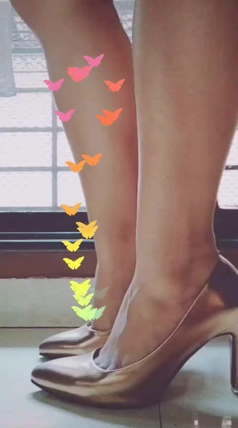 heels.. #roposostarchannel #roposo_star #heels #roposostars #roposocaptured