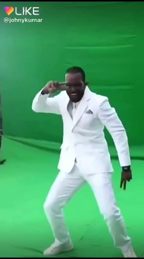 Gayle Funny dance