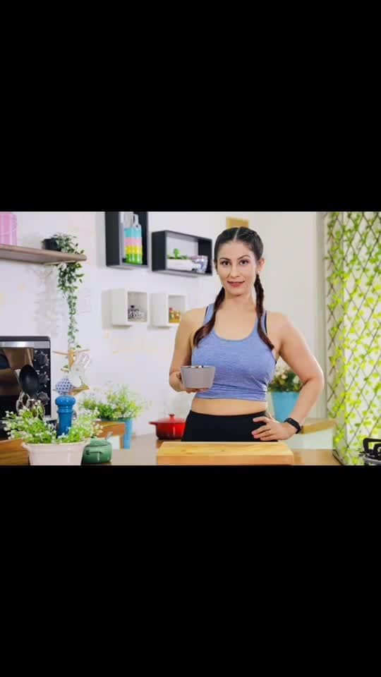 You've asked for it.. so coming up with post-workout meals for fitness lovers very soon.. I am sure you're still thinking whether to subscribe to Meghna's Food Magic on YouTube or not. Grrrrrrrrr..... 😖😣😔 ...  Drop a comment if you have subscribed already. Link to subscribe is given . . . #ChefMeghna #GetFitWithMeghna #MeghnasFoodMagic #YouTube #Fitness #FridayThoughts #Motivation #GetFit #workoutmeals #exercise #ootd #fit #fitgirl #fitnessmotivation #fitnessmatters #howtoeat #eating #eat #goodfood #healthy #healthymeals #linkinbio