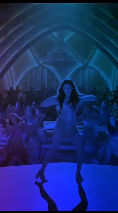 #sonakshisinha #sonakshi #ajaydevgan_best_song #old-is-gold #sharabi #lovesongs #love----love----love #deepikapadukone  #aliabhattlovers #duetsong