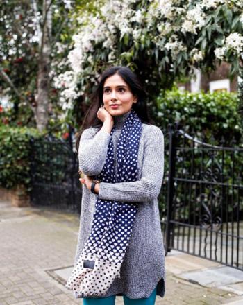 Everyday Winter Outfit   #spring #fashion #fashionblogger #fashionista #beautyblogger #indianfashionblogger #delhifashionblogger #londonfashionblogger #londonblogger #london #birminghamblogger #spring #springfashion #springlook #winterspring #winterstyle #pullover #greypullover #winterfashion #roposofashionblogger #roposofashion