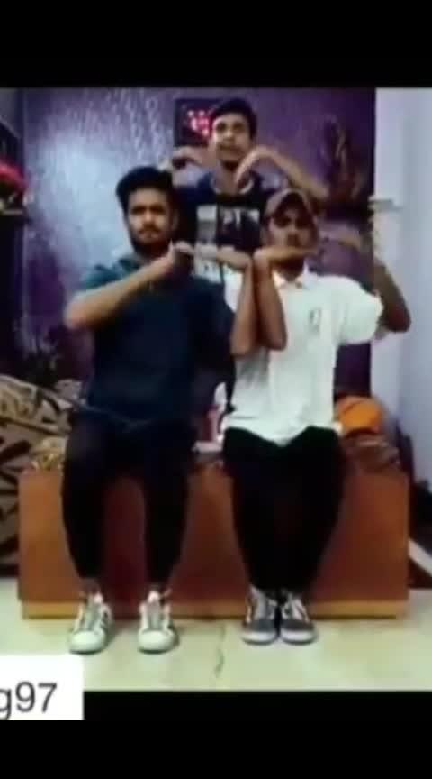 #badshahofbollywood #badshah #shemoveitlike #tuttingdance #hand #tuttingindia #roposo #ro-po-so