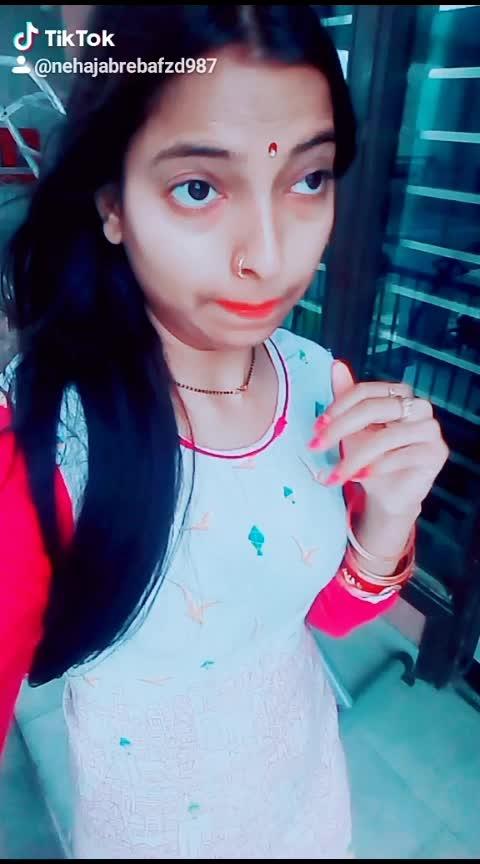 #nehadupiya#maituhushpemartihu#bollywoodhot