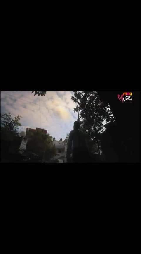 #raguvaranbtech #dhanush #very_emotional #amma_song #whatsapp_status_video #god_is_wowan