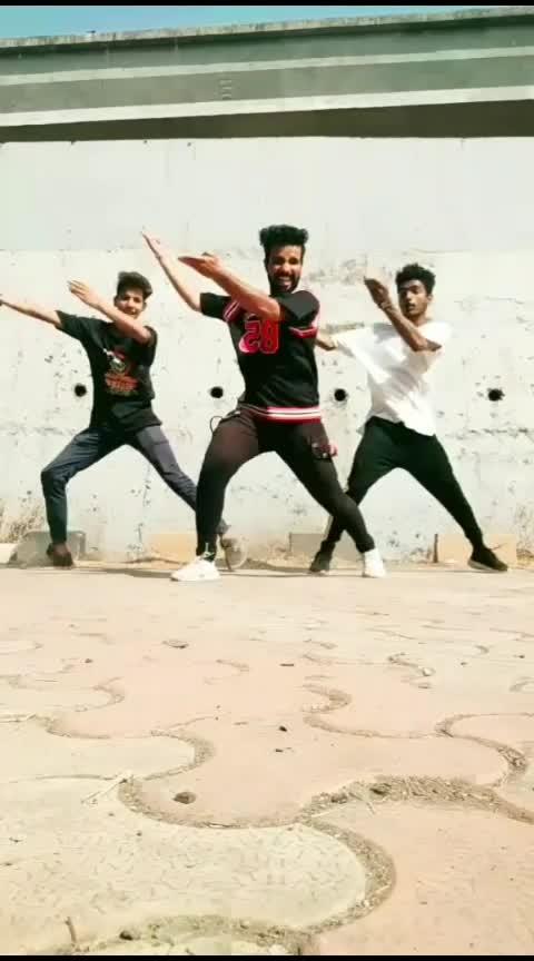 sawan mahinama❤️#khandeshi #roposo-dance #roposo-beats #roposo-wow #roposo-foryou #roposo-trending #ropo-marathi #roposo-star #roposo-tv #roposo-contest