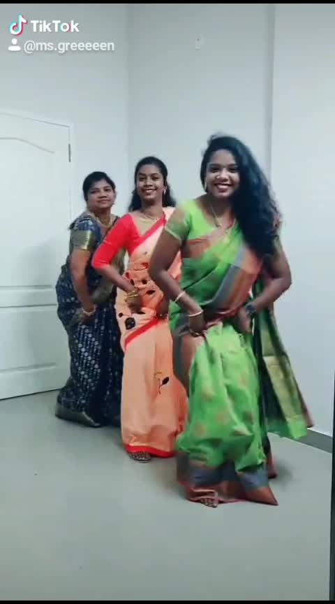 otagatha katiko💚💚💚 me mom ND sis💚