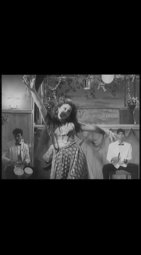आइये मेहेरबा............ ओरिजिनल #bollywood  #evergreenhitsong  #evergreen  #old  #old-is-gold  #oldisgold  #old-is-gold-songs  #oldbollywood  #oldbollywoodsong   #madhubala  #howrahbridge  @roposocontests