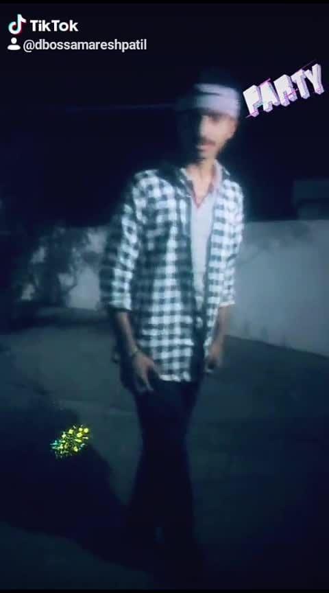 #roposostars #dboss #darshanthoogudeepa #basanni_baa_song #kannadamusically #roposo-kannada #dbossyayajamana #darshan #kannadatiktok #dbeats
