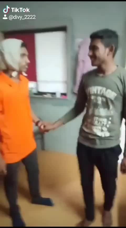 #funny  #couple  #bestiesforlife #collegefun #hostellife 😂😂😜