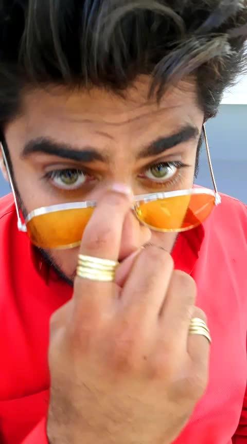 #akshayraja #rajkot #gujjucomedy #gujjufun #gujarat #gujju #gujratistatus #gujju_the_great #gujjugirl #roposo-comedy #roposo-funn