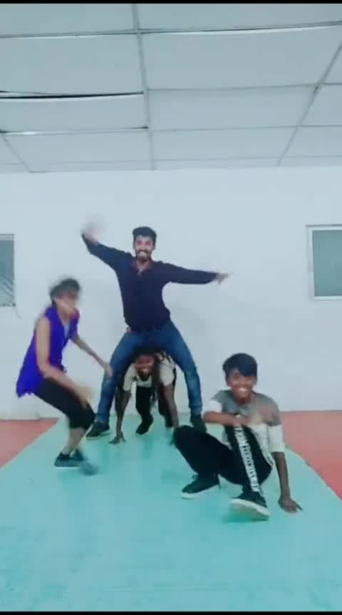 funy choreo for puriyatha lyric😂🤣😂🤣#sugi #mike #roposo
