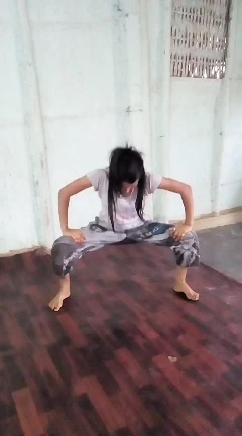 #cholikepichhe #hiphopdance #assamgirl #roposo-dance Roposo @roposocontests @roposotutorial #danceindiadance #dance #risingstar #staroftheweek
