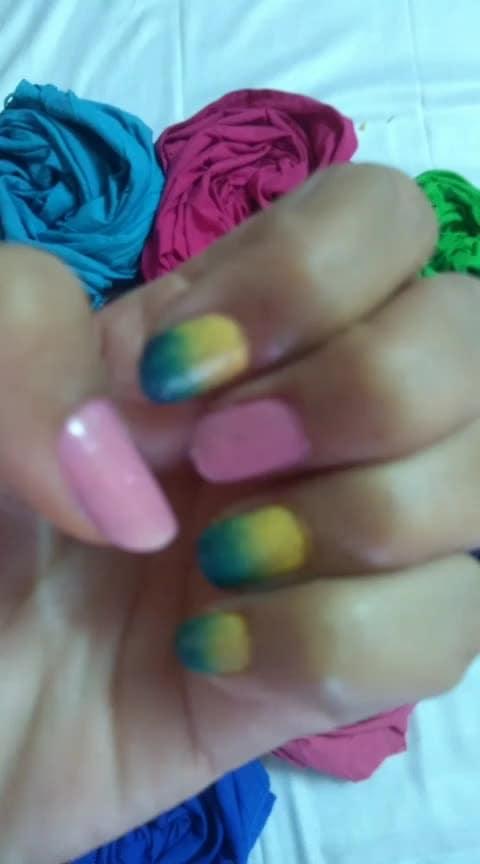 smokey nail art