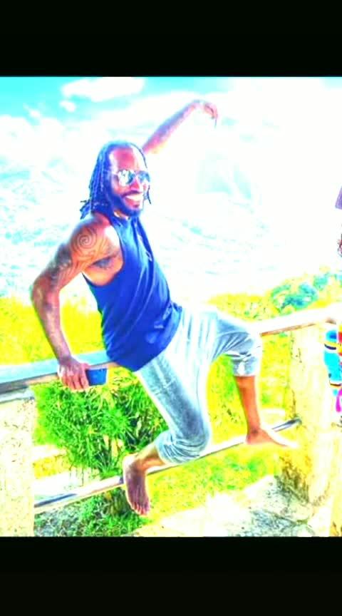 haha #cricket #gayle #chrisgayle #russell #andrerussel #pollard #kierrenpollard #kieronpllard #universalboss #ipl2019 #ipl #royalchallengersbangalore #mumbaiindians #chennaisuperkings #delhicapitals #kingsxipunjab #sunrisershyderabad #kolkataknightriders #rajasthanroyals