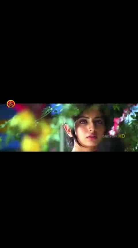 #manchumanoj #rakulpreetsingh #sunnyleone #currenttheega #emotionalsong #videoclip