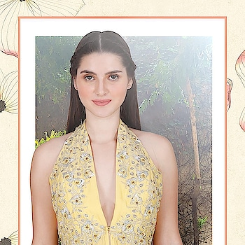 Julie by Julie Shah's Love me... Love me not... Creation comes to life with every aspect, Just like a flower blooming.  The collection is accented by hand embroidery, with a fabric that becomes a feeling and the outfit that becomes a personality. Do visit us at Deval The Multi Designer Store!!! For more details call/whatsapp us +91 98984 22000 #devalstore #ahmedabad #designerstore #womenswear #clothingstore #designerwear