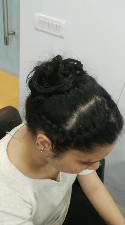 Hairstyling ❤ #lookgoodfeelgoodchannel #roposostarchannel #roposoness #contestalert