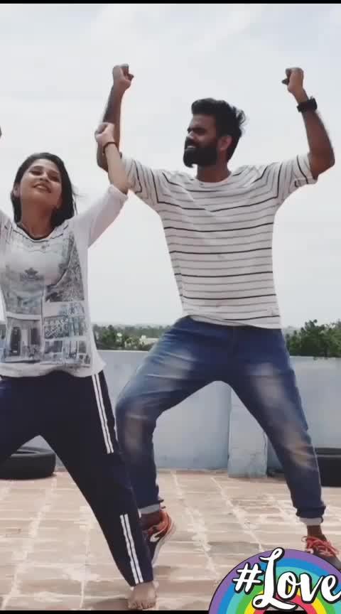 En naadiyai silirkka vaithaai💃💜#3moviesong#aniruthmusic#dhanush#shruthihassan#mohana#mohanadancevsdance#roposo-dance#roposo-dancer#roposo-tamil#roposo-india