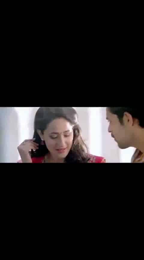 #varuntej #pragyajaiswal #kanche #lovesong #videoclip #whatsapp-status
