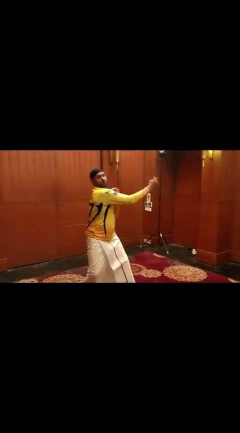 #harbajansingh #stunts #cricketlovers #sportsnews