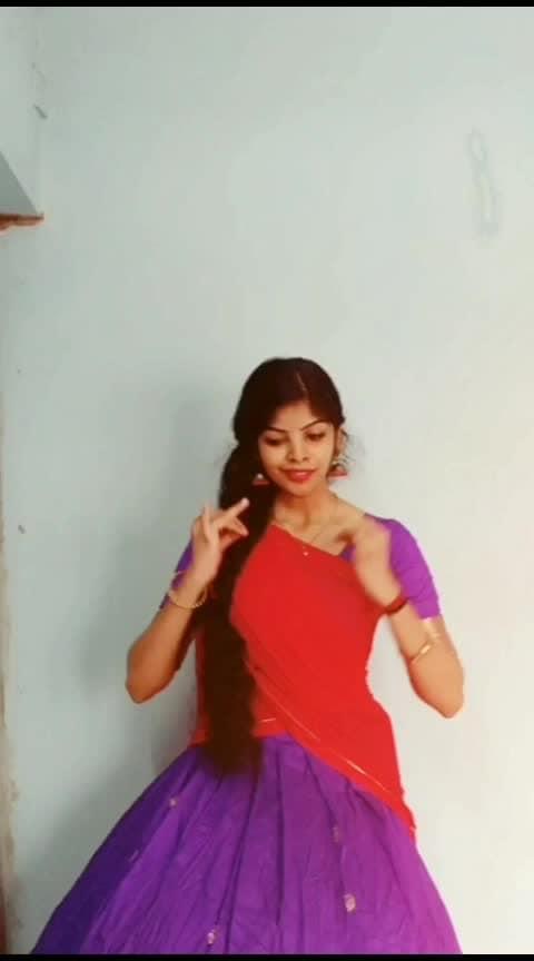 #tamilsong #lyrical #dancelove #athirasajeev #roposo-dancer #dancerslife #risingstar #roposorisingstar #roposostar