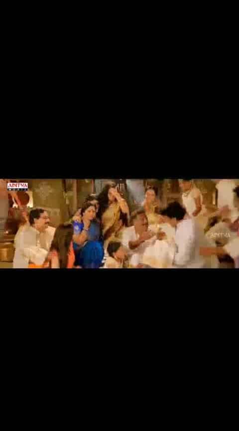 #ramcharan #kajal #prakashraj #jayasudha #govinduduandarivadele #familylove #videosong