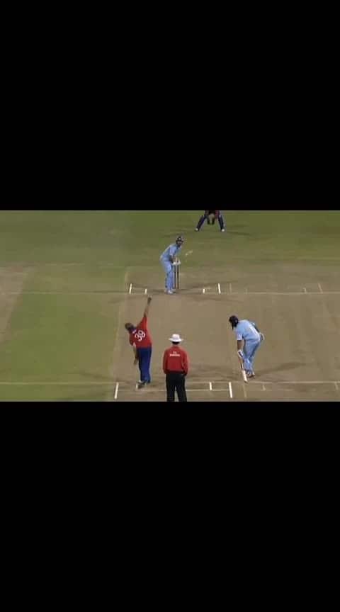 yuvi get six 🔥🏆🏏🏏 #yuvi #yuvrajsingh #cricketfever #cricketlovers #roposo-sports #sporttv @bollywoodcricketfans