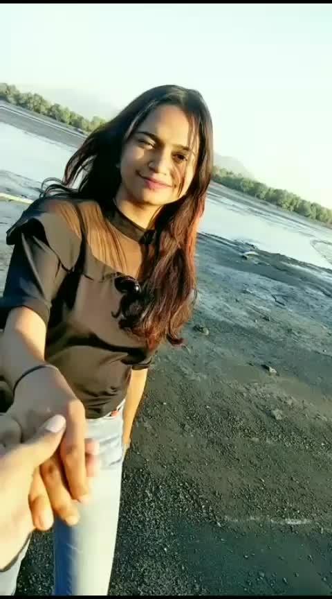 natun thatun laazte🙈❤#gulaabachikali #marathi #marathisong #marathistatus #mimarathi #marathimulgi #roposostar #roposostarchannel #roposorisingstar #beatstv #beatschannel #beats #roposobeats #filmistaan #foryou #foryoupage #roposo-foryou #viralvideo