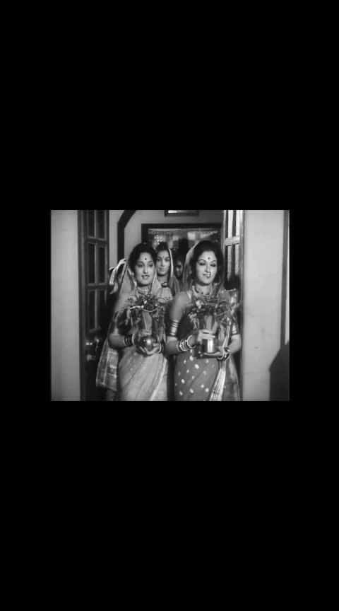 गणपती गौरी गीत... रंजना, आशा काळे.......  #marathibana   #ropo-marathi    @roposocontests   #marathiculture   #marathigaani   #marathifan   #marathigani   #roposomarathi   #ropomarathi   #marathifilm  #ropo-marathi  #marathi #marathifilms #ranjana #oldmarathisongsstatus #old-is-gold-songs  #gauriganpati #gauriganpatidecoration #gauriganpatidecoration2018