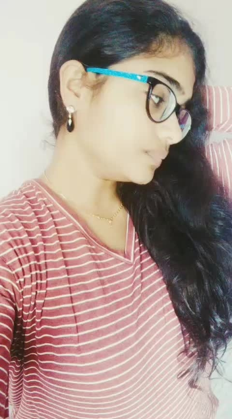 You are my twinkle .. #donu_donu #kajal #dhanush #attitude #english #tamil #glasses  #expressions #love #featureme #featurethisvideo #dramebaaz #roposostar #roposo