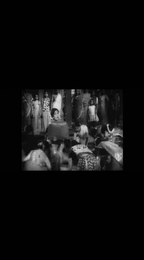 गणपती गौरी गीत... रंजना, आशा काळे  #marathibana    #ropo-marathi     @roposocontests    #marathiculture    #marathigaani    #marathifan    #marathigani    #roposomarathi    #ropomarathi    #marathifilm   #ropo-marathi  #marathi  #marathifilms  #ranjana  #oldmarathisongsstatus  #old-is-gold-songs  #gauriganpati  #gauriganpatidecoration  #gauriganpatidecoration2018
