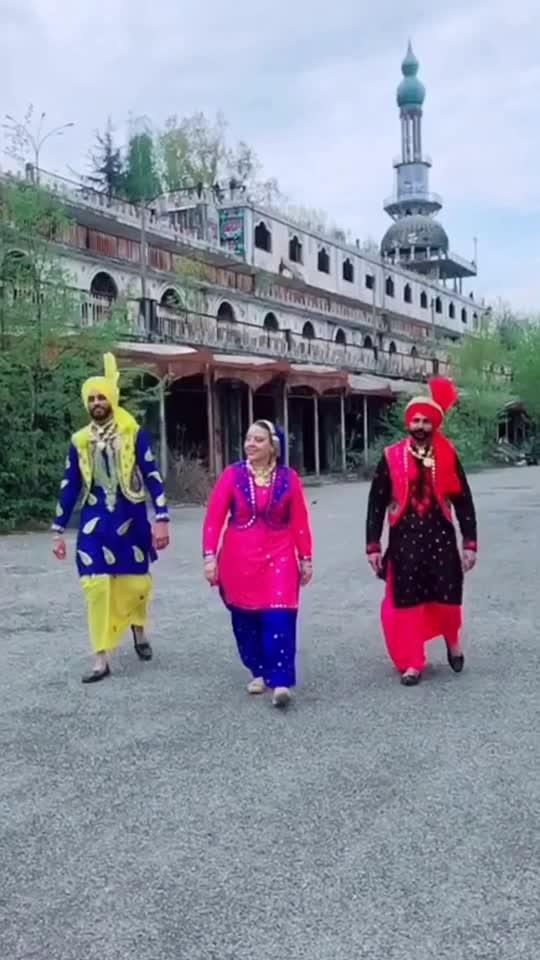 #squad #bhangrasquad #love #bhangra #punjab #italy #bhangralove