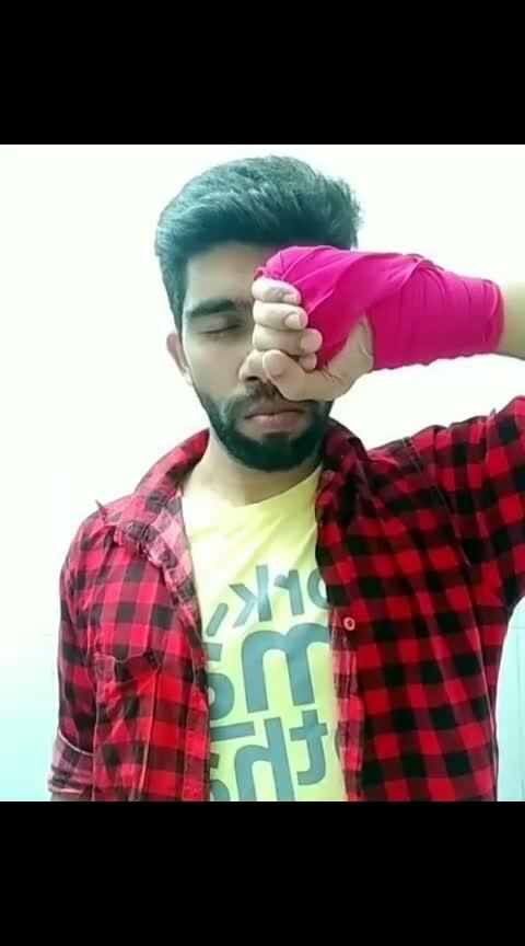 Bindhas yeli hidru 😜😜😂😂😜😜😂#roposoactor  #roposoacting  #roposostars  #roposo-talente  #karnatakadubsmashzone  #kannadadubsmash_official  #filmistaan