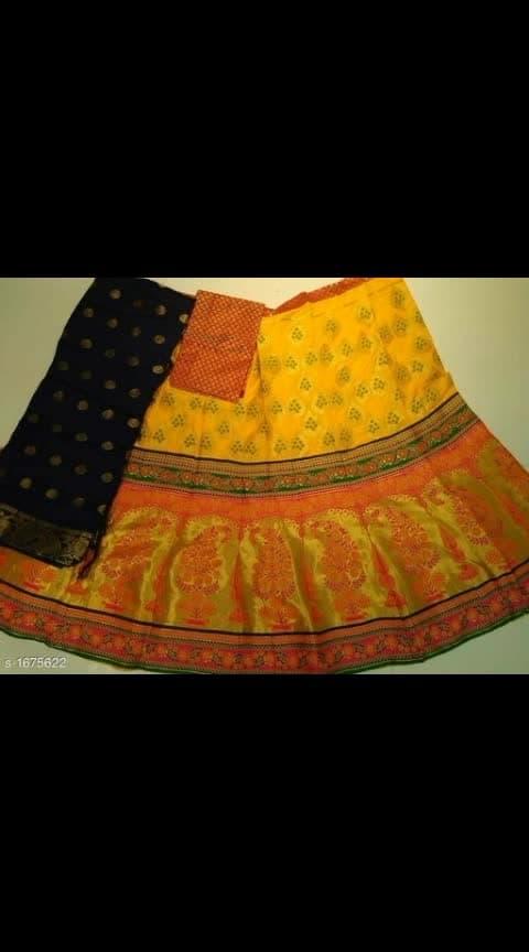 #banarasiya #banarasilehangas #traditionalwedding ##designe#lehengacholi #riyyahfashions Cash on delivery is available Return and replacement also available Intrested people can call or wats app to 8367373114