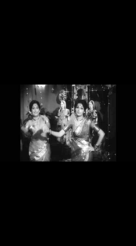 गणपती गौरी गीत... रंजना, आशा काळे  #marathibana   #ropo-marathi    @roposocontests   #marathiculture   #marathigaani   #marathifan   #marathigani   #roposomarathi   #ropomarathi   #marathifilm  #ropo-marathi  #marathi #gauriganpati #gauriganpatidecoration #gauriganpatidecoration2018